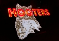 Hooters 1